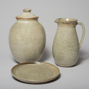 davidarchibald-1spotted-jar-vase-and-plate